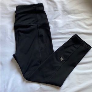 Victoria's Secret Knockout Tight CROPPED